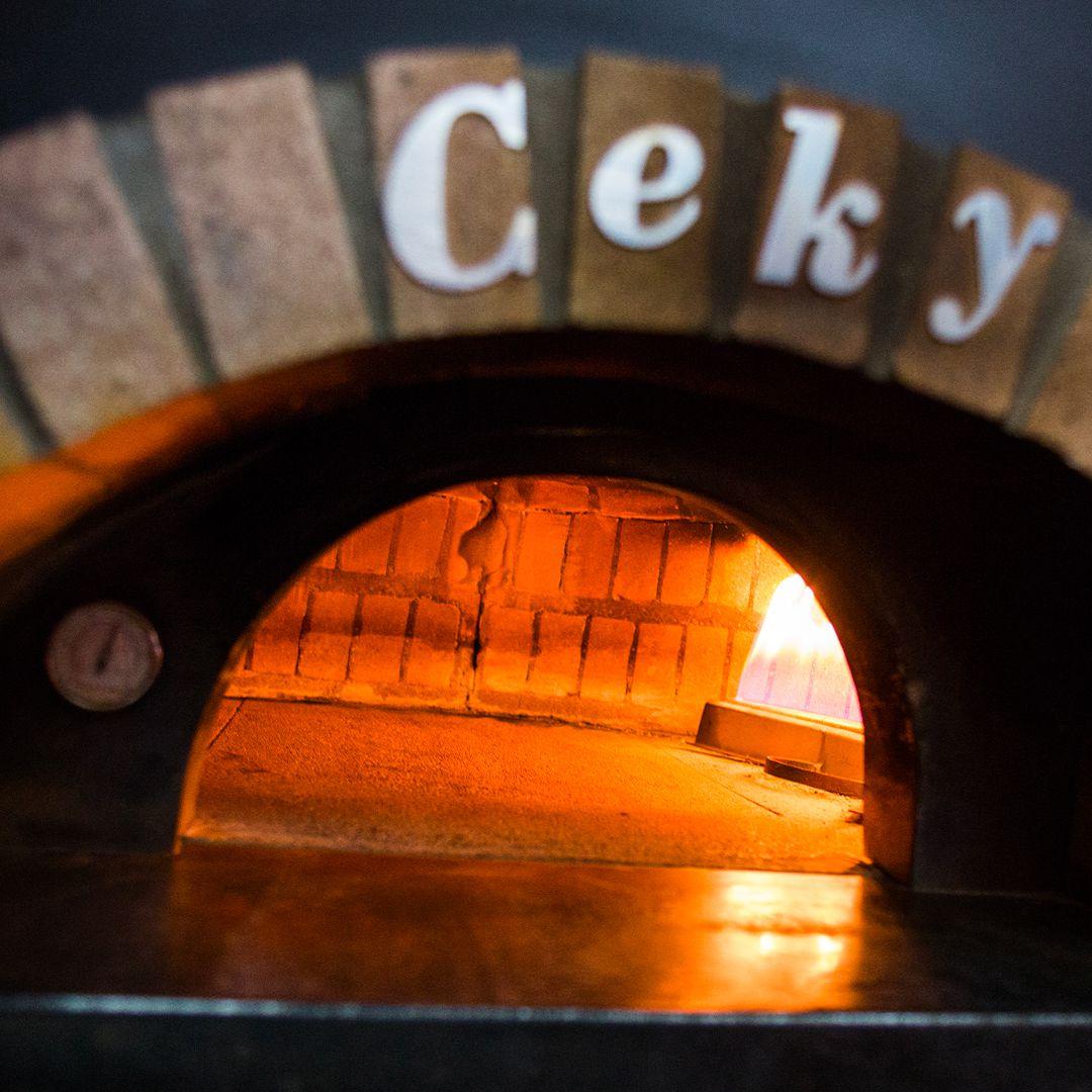Forno pizza a gas: quali sono i vantaggi del bruciatore?